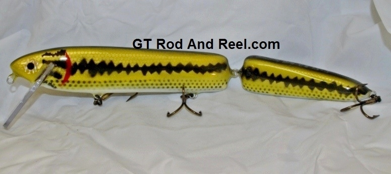 """Smuttly Dog Baits 15"""" Jointed Troller/Crankbait Color Large Mouth Bass"""