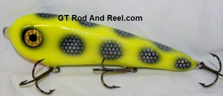 """Smuttly Dog Baits Lures 7"""" Stubby D, Color; Chartreuse Bandit"""