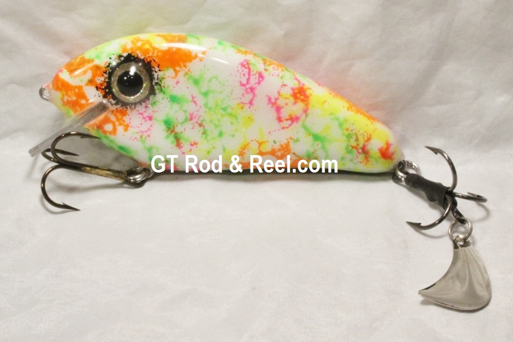 """Pearson Plugs 5"""" Rattling Super Shallow Shad with Hatchet Trailer, Neon Nightmare"""
