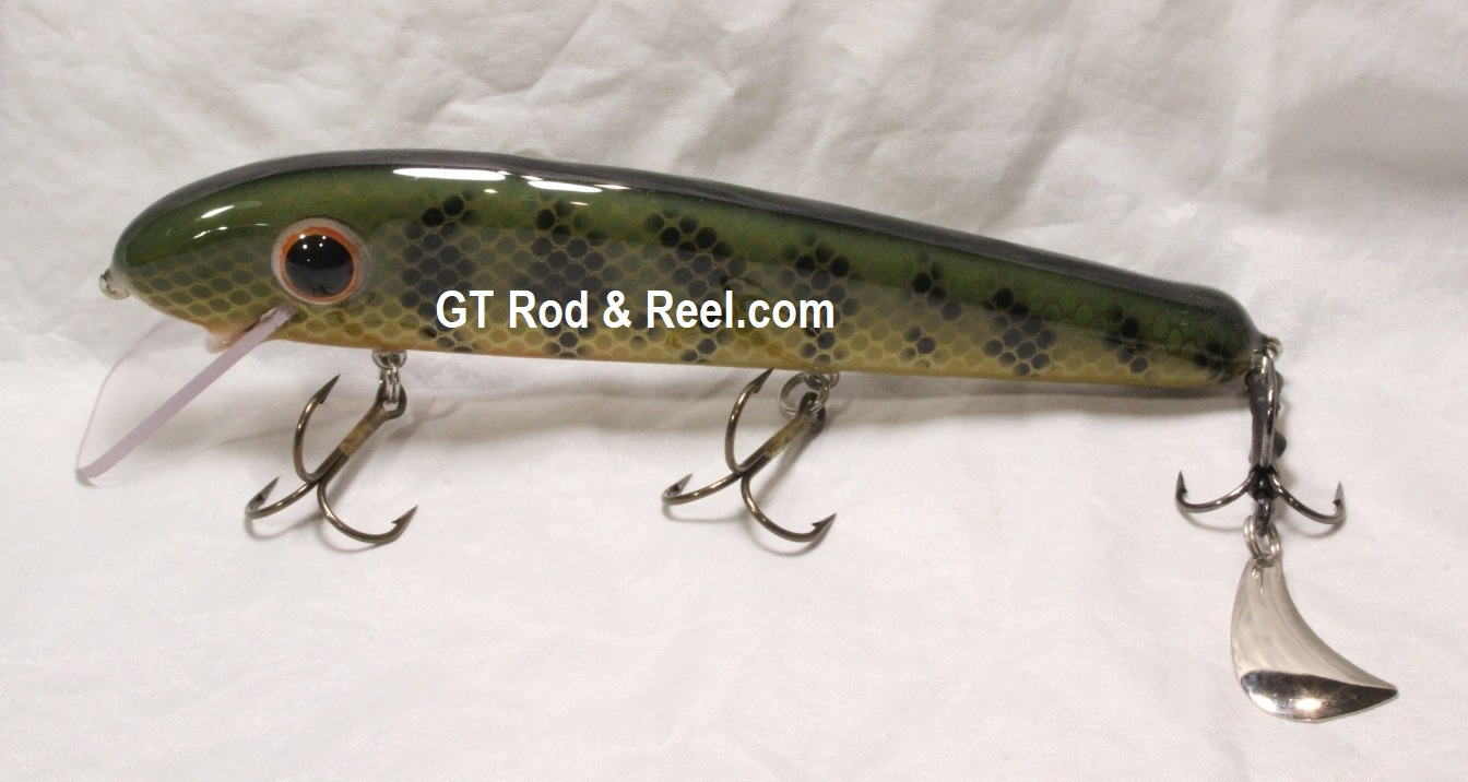 """Pearson Plugs 8"""" Minnow Shallow Diving with Hatchet Trailer  Color, Natural Perch"""